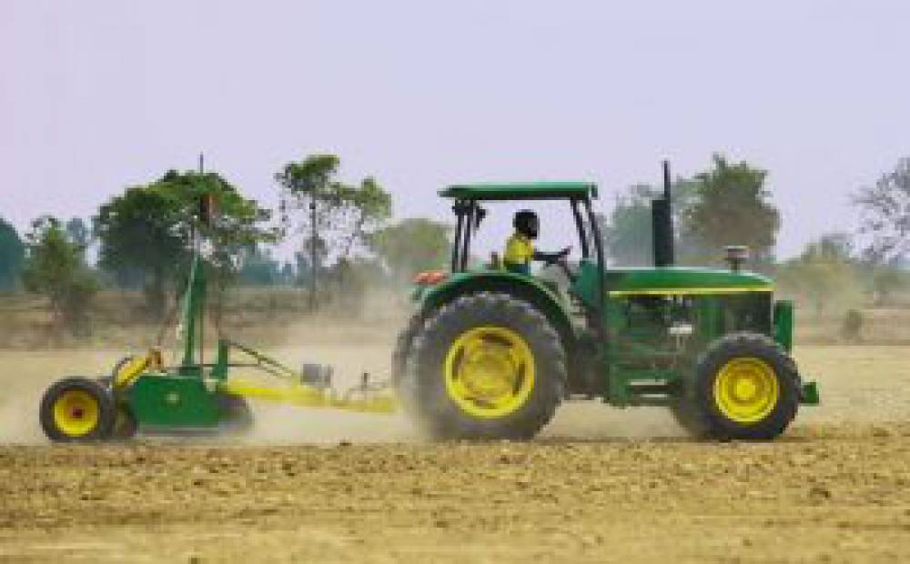 CAVAC's approach to introducing laser land levelling technology in Cambodia